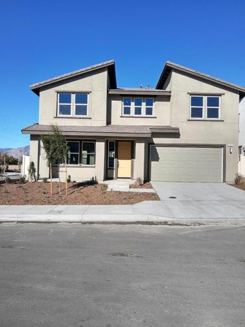 2106 Stone Gate Pl, Mentone, CA 92359