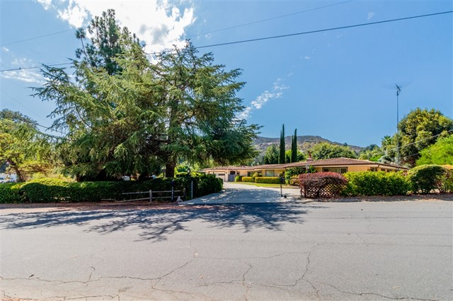 12815 Indian Trail Rd, Poway, CA 92064