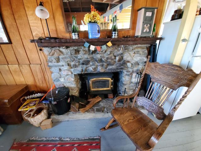 7 Frazier Mountain Rd, Frazier Park, CA 93222 Photo 8