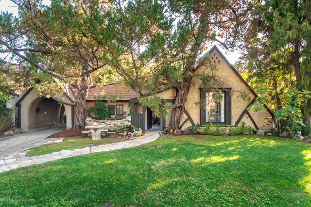 228 Spencer Street, Glendale, California 91202, 3 Bedrooms Bedrooms, ,1 BathroomBathrooms,For Sale,Spencer,P0-818005472