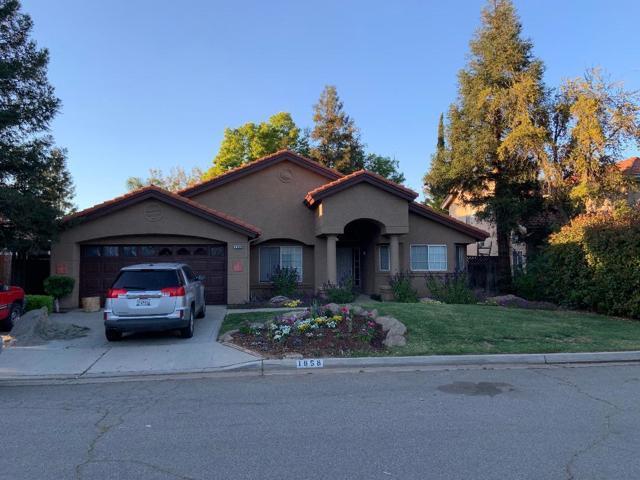 1858 Everglade Avenue, Fresno, CA 93720