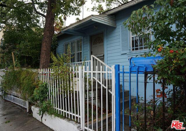 1568 GORDON Street, Los Angeles, CA 90028