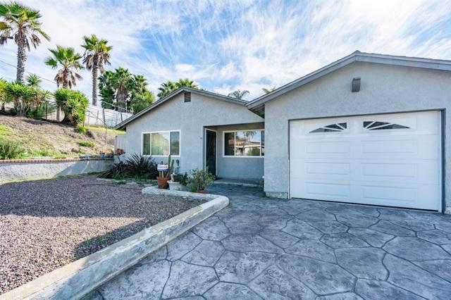 1330 Caren Rd, Vista, CA 92083