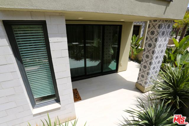 5913 Coral Pl, Playa Vista, CA 90094 Photo 15