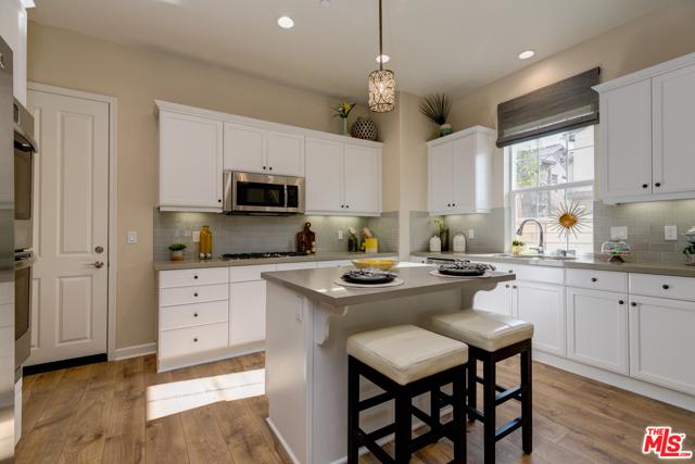 1558  Thorpe Trail, Oxnard in Ventura County, CA 93036 Home for Sale