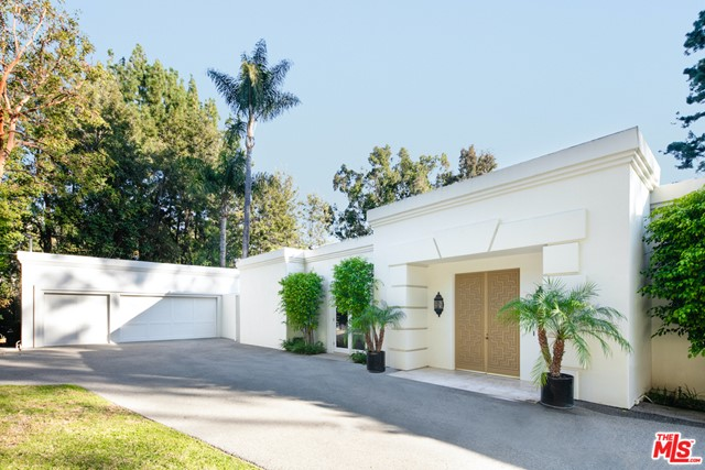 Photo of 9951 Liebe Drive, Beverly Hills, CA 90210