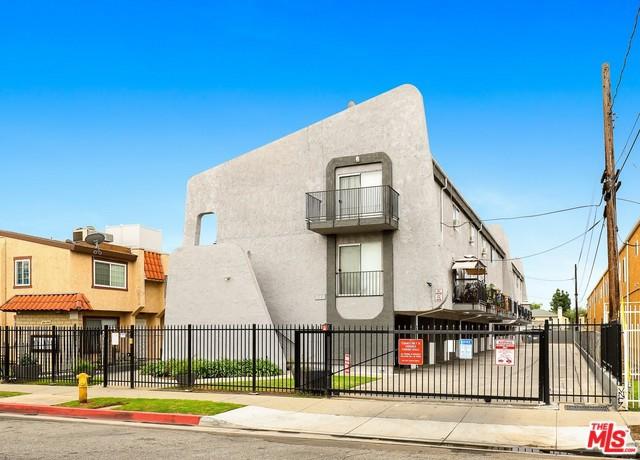 411 W LOHART Avenue, Montebello, CA 90640