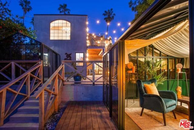 32. 1339 Coronado Terrace Los Angeles, CA 90026