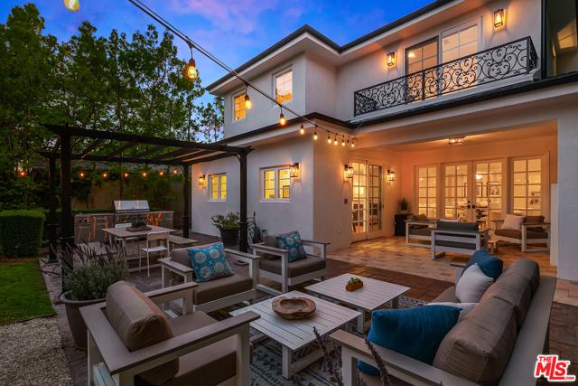 1818 Pier Avenue, Santa Monica, CA 90405