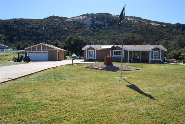 19547 Hidden Glen Rd, Alpine, CA 91901