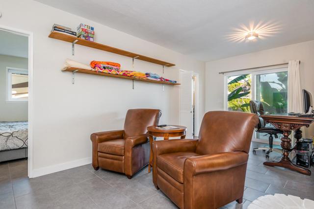 012_12-Living Room
