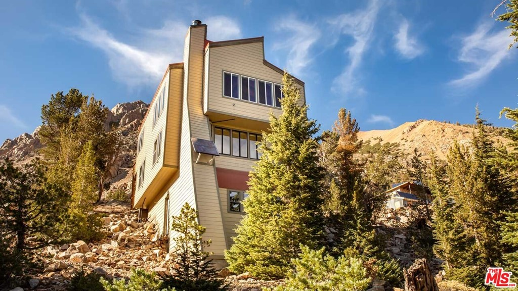 268  Summit Drive