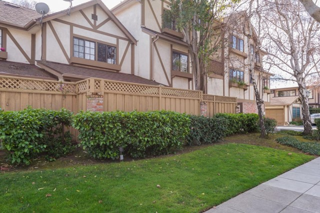 2000 Palm Avenue 7, San Mateo, CA 94403
