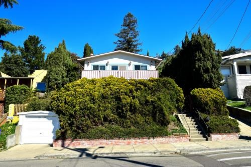 6424 Outlook Avenue, Oakland, CA 94605