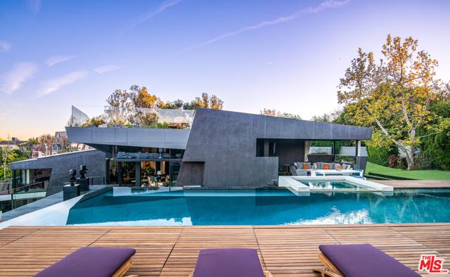 Image 28 of 314 N Barrington Ave, Los Angeles, CA 90049