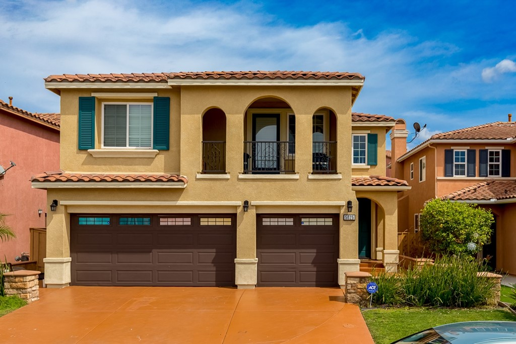 Beautiful Mediterranean style home in the highly desirable community of Esmeralda in Ocean View Hills featuring 5 bedrooms and 3 full baths. Downstairs bedroom and full bath. Gourmet kitchen, granite counter tops, stainless steel appliances. Refrigerator,washer,dryer convey ! Huge yard for entertaining, stamped concrete patio with built in barbecue and sink. The garage is set up as a game room for family fun and entertaining. Beautiful ocean view from balcony. Expansive high ceilings ! 25 min from Downtn. Neighborhoods: Ocean View Hills Equipment:  Dryer,Garage Door Opener, Washer Other Fees: 0 Sewer:  Sewer Connected
