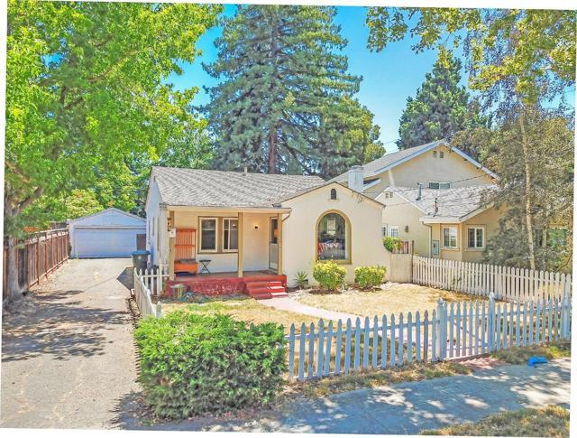 122 Rinconada Avenue, Palo Alto, CA 94301