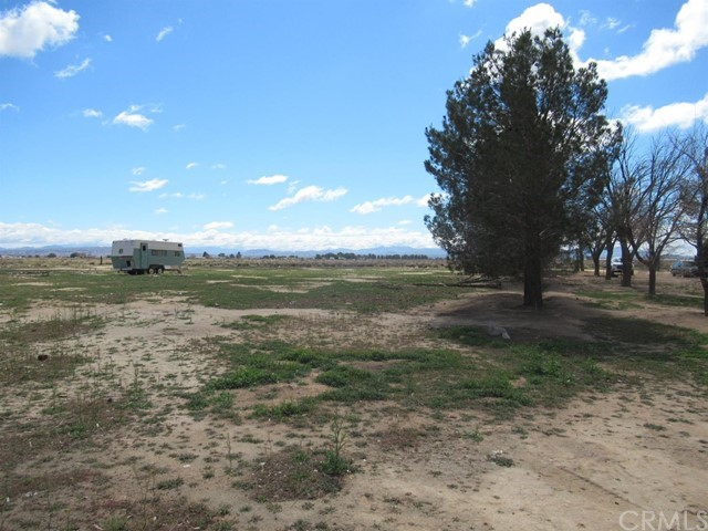 37116 Dixie Road, Hinkley, CA 92347