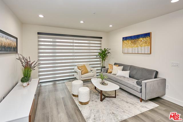 3. 900 S Kenmore Avenue #401 Los Angeles, CA 90006