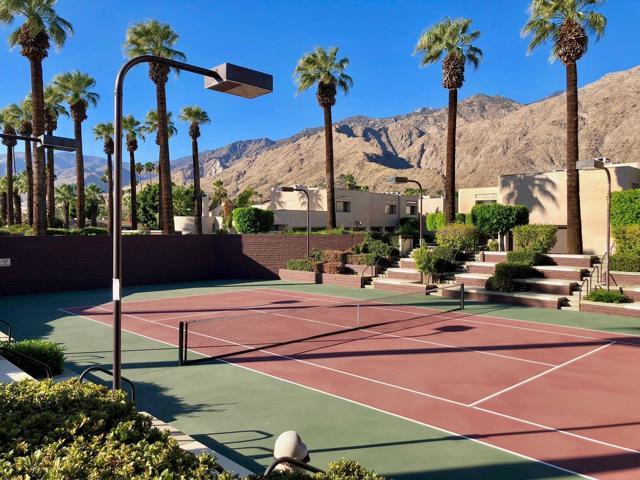 999 Village Square, Palm Springs, California 92262, 2 Bedrooms Bedrooms, ,2 BathroomsBathrooms,Residential,For Rent,Village,219052159DA