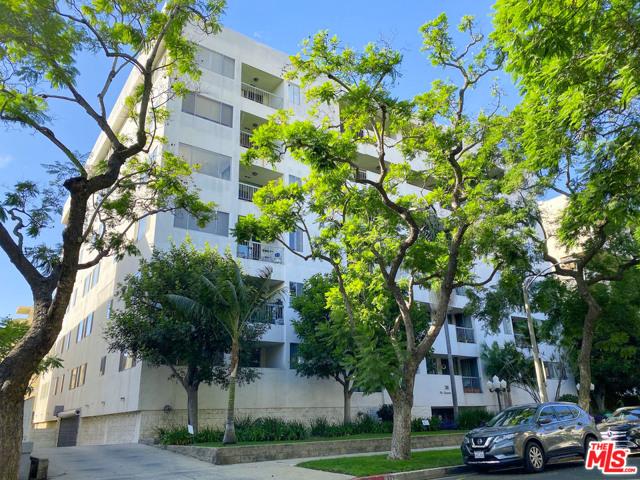 321 N Oakhurst Dr, Beverly Hills, CA 90210 Photo