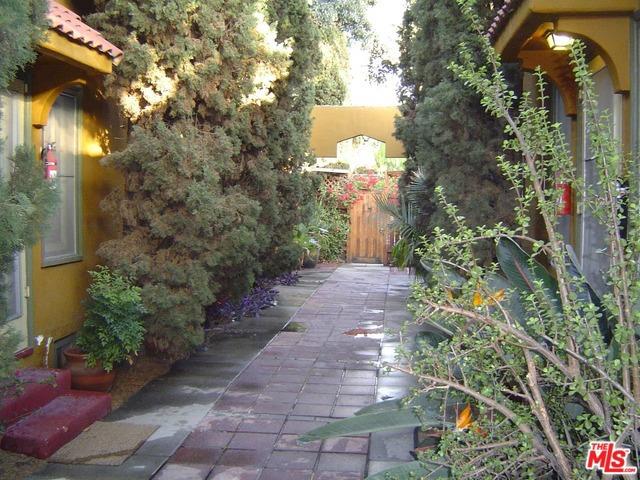 1247 N CITRUS Avenue, Los Angeles, CA 90038
