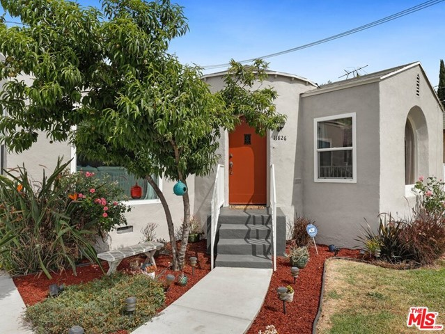 11826 ANTWERP Avenue, Los Angeles, CA 90059
