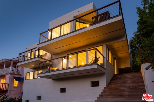 1495 N Occidental Boulevard, Los Angeles, CA 90026