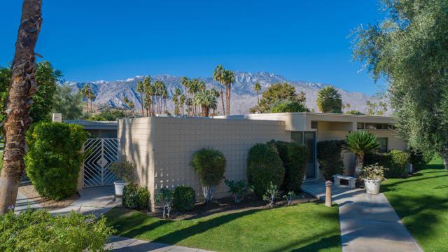 266 Desert Lakes Dr, Palm Springs, CA 92264