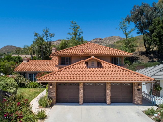 891 Admiral Court, Oak Park, CA 91377