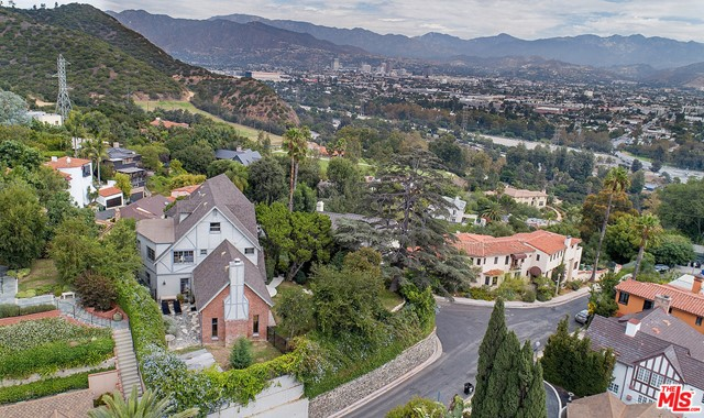 Image 6 of 3705 Lowry Rd, Los Angeles, CA 90027