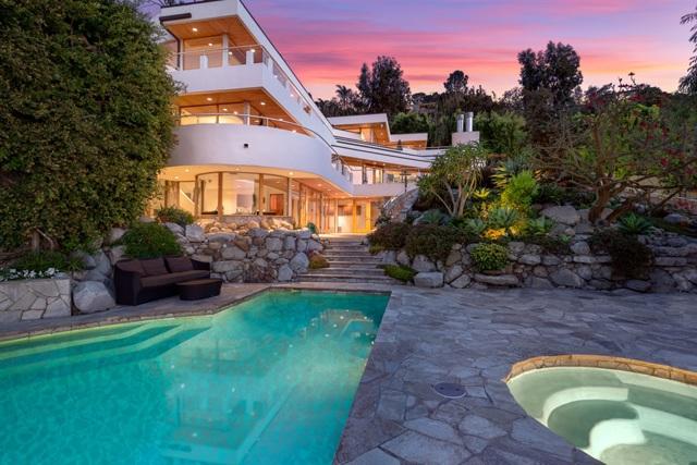 7510 Hillside Drive, La Jolla, CA 92037