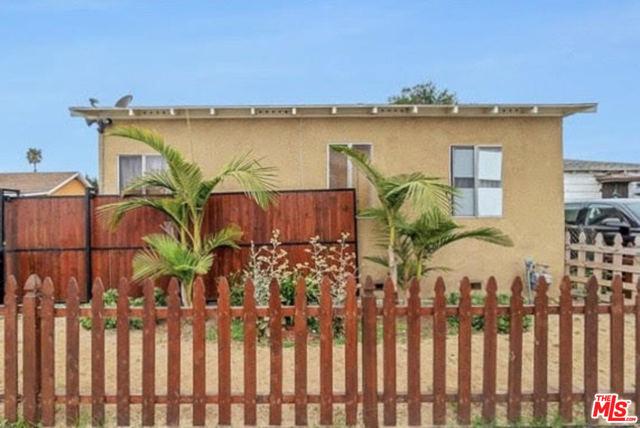 10625 Felton, Inglewood, California 90304, ,Residential Income,For Sale,Felton,20657090