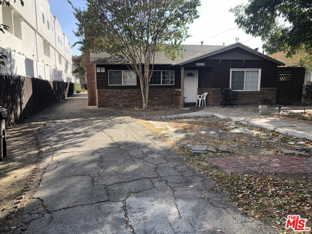 Photo of 14918 Wyandotte Street, Van Nuys, CA 91405