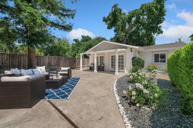 34. 881 Stonehurst Way Campbell, CA 95008