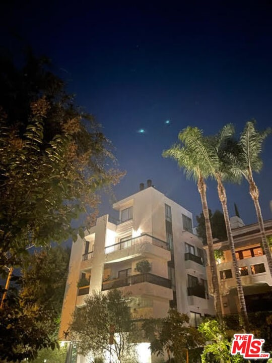 Photo of 9033 VISTA GRANDE Street, West Hollywood, CA 90069