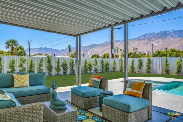 2101 N Viminal Rd, Palm Springs, CA 92262
