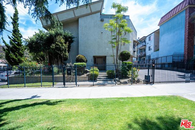 200 S LA FAYETTE PARK Place 1, Los Angeles, CA 90057