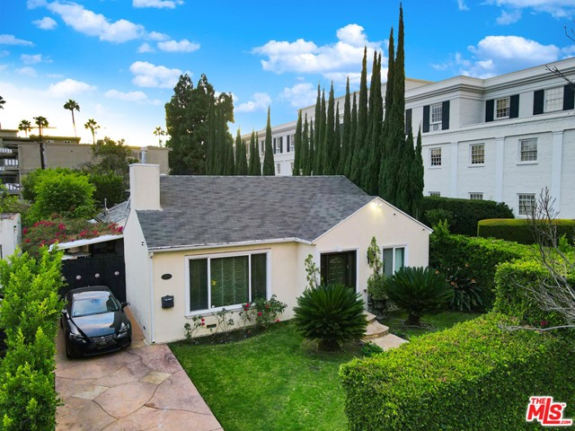 Situated north of Wilshire in prime Beverly Hills 90210, this wonderful home features an open floor plan with a spacious living room, formal dining room, and family room. The spacious kitchen features stainless steel appliances, with breakfast area, service entrance. Nicely-sized master bedroom with opulent bathroom and spa tub. Enjoy California living with the huge back yard perfect for entertaining. Host your extended family or rent out for monthly income the guest house with separate entrance delightful living room, kitchenette, bedroom and full bathroom with it's own yard & parking space. Located minutes from the shops restaurants of world-renowned Rodeo Drive and Beverly Drive. Of course also within the amazing Beverly Hills Unified School District.