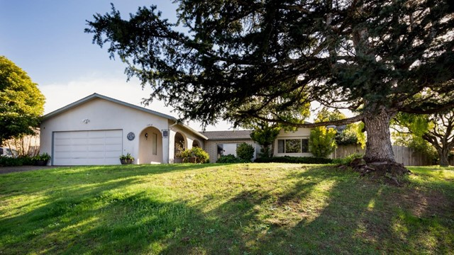 14616 Charter Oak Boulevard, Salinas, CA 93907