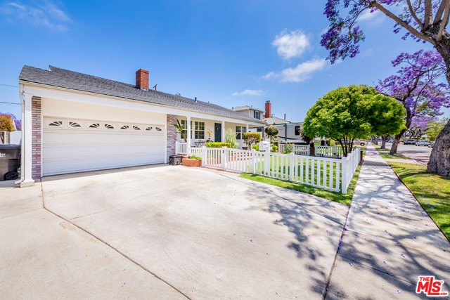 2. 5329 E Coralite Street Long Beach, CA 90808