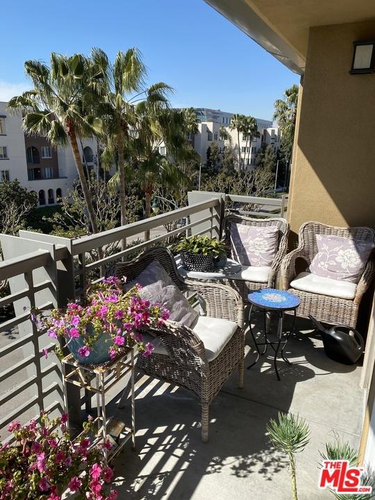 5831 Seawalk Drive, Playa Vista, CA 90049 Photo 11