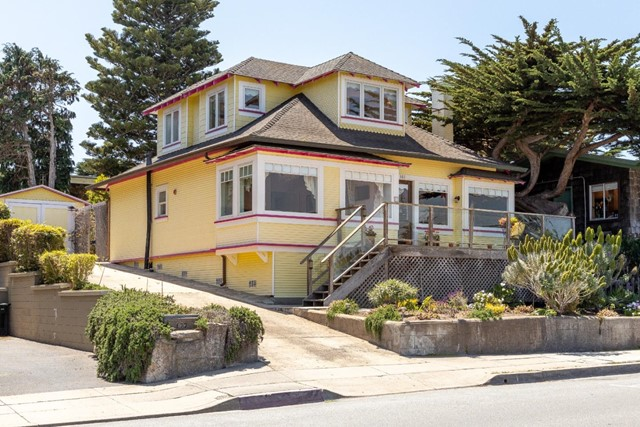 181 Ocean View Boulevard, Pacific Grove, CA 93950