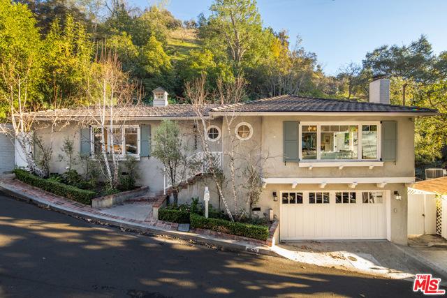 9530 Cedarbrook Drive, Beverly Hills, CA 90210
