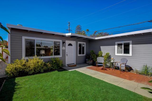 1118 Cobb Street, San Mateo CA: https://media.crmls.org/mediaz/BB942CA5-BFBA-43FC-9715-7A970FAEEC42.jpg