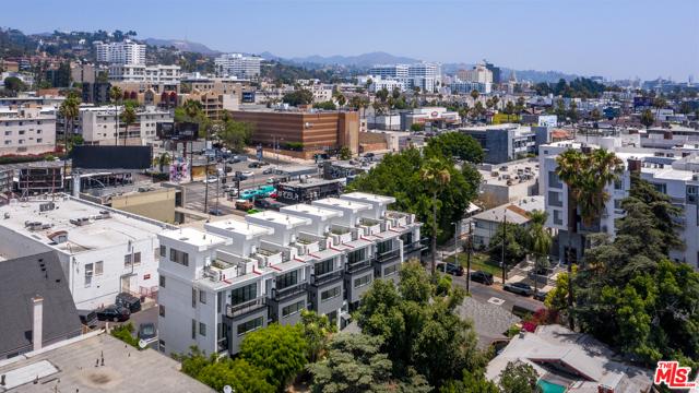 Image 16 of 1447 N Martel Heights Dr, Los Angeles, CA 90046