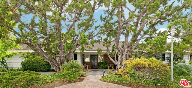 1005 VILLA GROVE Drive, Pacific Palisades, CA 90272