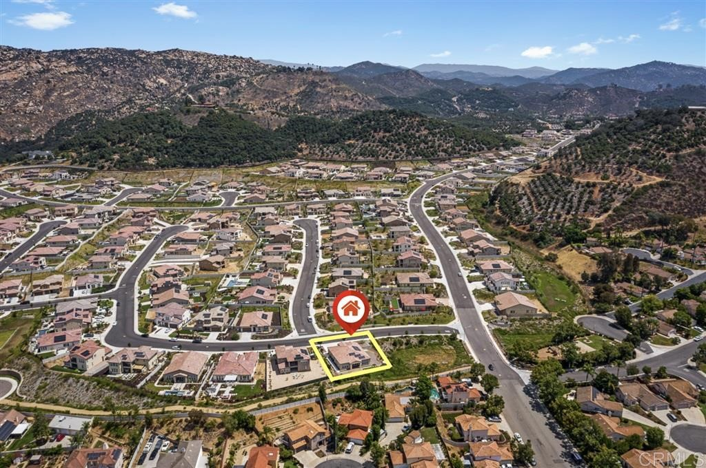 1271 McGeary Rd Escondido, CA 92026