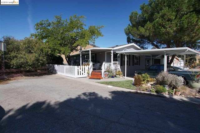 16711 Marsh Creek Rd, Clayton, CA 94517
