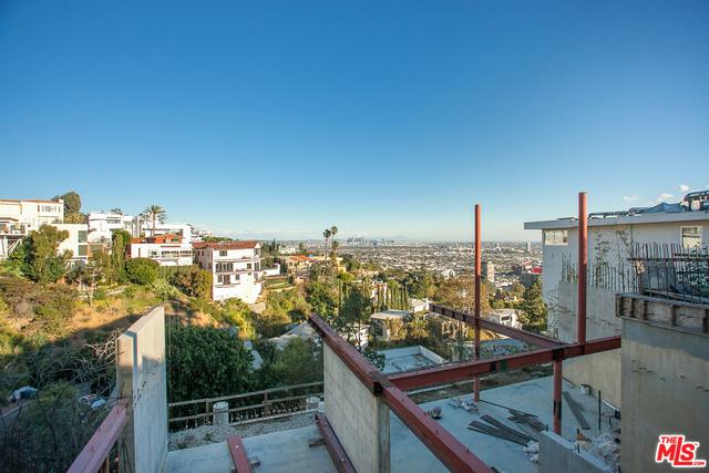 9442 SIERRA MAR Place, Los Angeles, CA 90069
